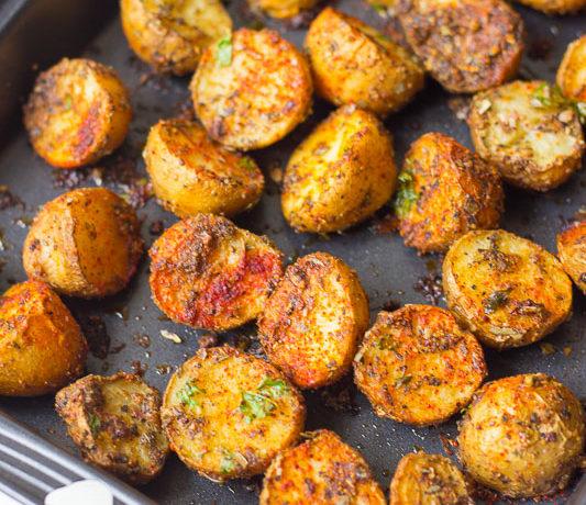Crispy Spicy Cajun Roasted Potatoes recipe